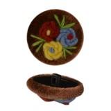 Пуговица пластиковая, велюр+вышивка, 44L, цвет коричневый+разноцветный