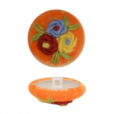 Пуговица пластиковая, велюр+вышивка, 44L, цвет оранжевый+разноцветный