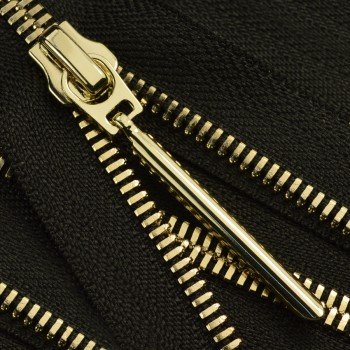 Молния металлическая разъемная 5Т, 50см, слайдер палочка длинная-5070, зубцы золото, акулий зуб, шлифованная, цвет черный